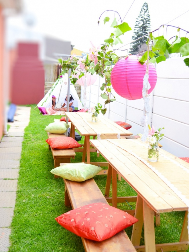 Lea-Party-Outside-Decor